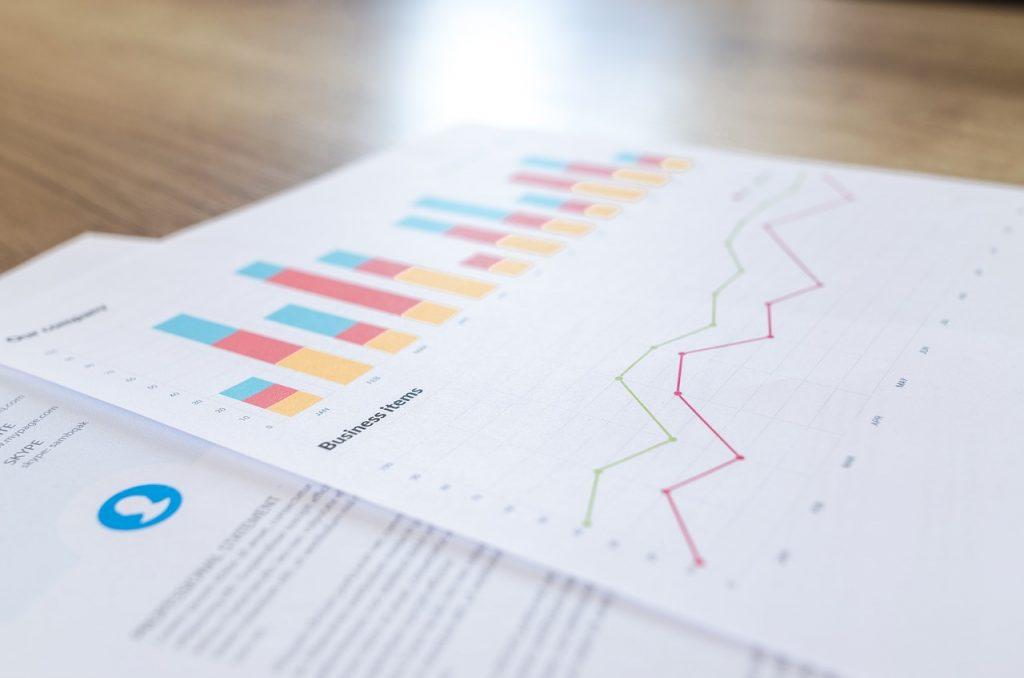 financial, analytics, blur-2860753.jpg